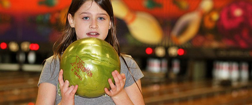 Teach kids about bowling